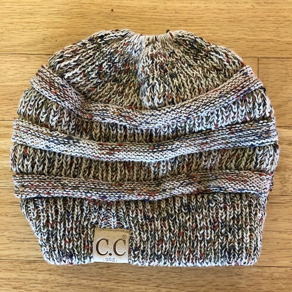 ☀️ CC 365 Kids Knit Hat with Ponytail Hole